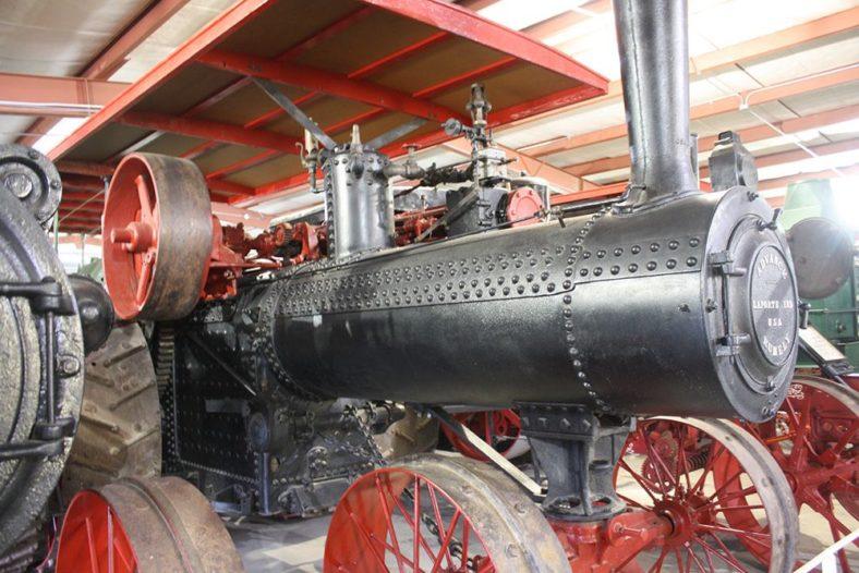 Farm Machinery Header
